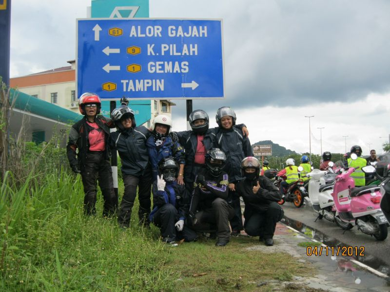 Anita Yusof with other female bikers in Malaysia