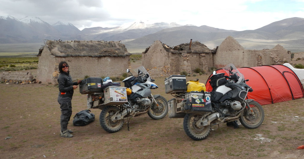 Women Who Ride: Chantal Cournoyer on the road north of Chile