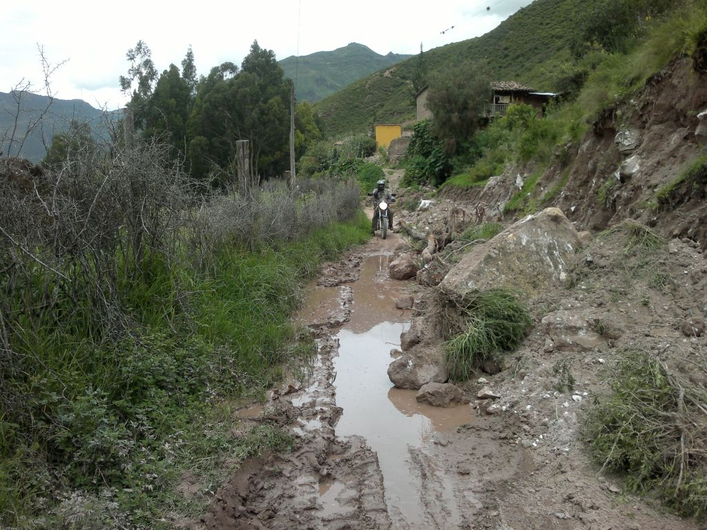 Women Who Ride: Muddy roads in Peru