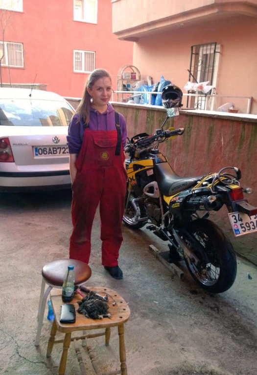 Women Who Ride: Gizem Özcan works on her bike