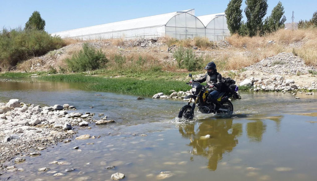 Women Who Ride: Gizem Özcan - First river crossing