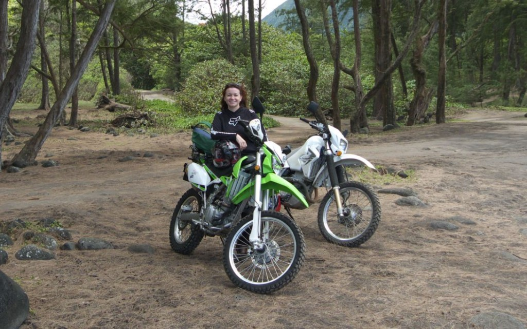 Women Who Ride: Rayne Hennen riding in Hawaii