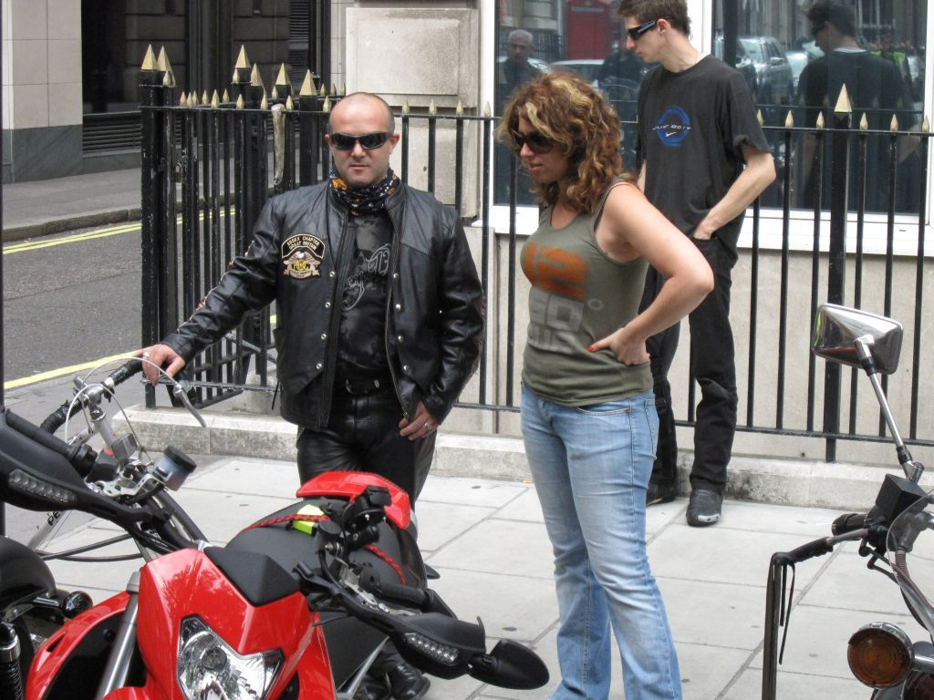 Violeta_London Moto inspiration 2009